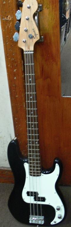 Cash Usa Pawnshop  Fender Squier P Bass 4 String