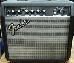 Picture of FENDER FRONTMAN 15G ELECTRIC GUITAR AMP