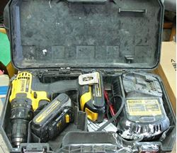 "Picture of DEWALT DCD780 1/2"" CORDLESS DRILL DRIVER W/ CHARGER & BATTERIES"