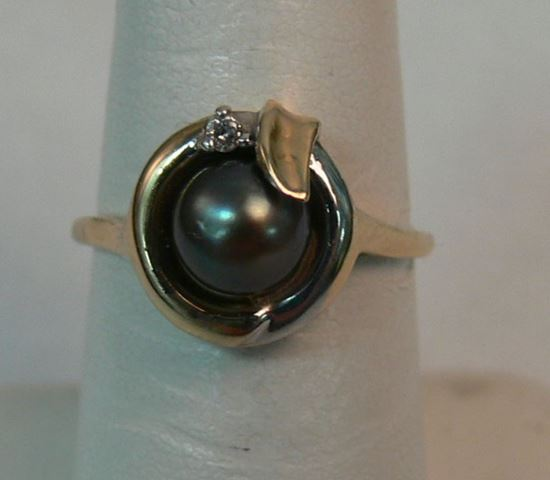 Picture of 10K YELLOW + WHITE GOLD WITH BLACK PEARL AND DIAMOND SZ-6.75 2.4G