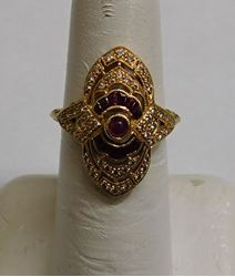 Picture of 18K GOLD RING WITH DIAMONDS AND RED STONES SIZE 6.5 3.6G