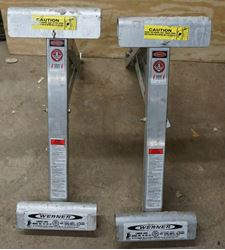 Picture of WERNER 10-20-02 LADDER JACK CLAMPING SYSTEM SET OF 2