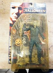 Picture of McFARLANE TOYS - MOVIE MANIACS - HALLOWEEN - MICHAEL MYERS ACTION FIGURE