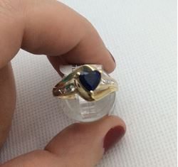 Picture of 10kt yellow gold ring size 7 2.2 gr with blue heart stone , 2 diamonds 829221-1