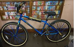 Picture of SE RACING BMX INNOVATIONS BIKE OM FLYER BLUE . USED. MINT CONDITION. CLEAN. IT HAS  REAR TRICKS UNO KALLOY PERFORMANCE SEAT POST ; TEKTRO REAR BRAKES. BIKE HAS ONLY A FEW SMALL SCRATCHES.