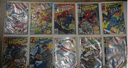 Picture of LOT 10 THE AMAZING SPIDER MAN  MARVEL COMICS 350 AUGUST; 351 SEPTEMBER; 343 JANUARY; 349 JULY; 340 OCTOBER;355 EARLY DECEMBER; 356 LATE DECEMBER; 353 EARLY NOVEMBER;354 LATE NOVEMBER;358 LATE JANUARY. VERY GOOD CONDITION. COLLECTIBLE.