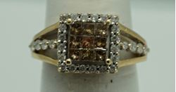 Picture of 14kt yellow gold ring size 7 4.2 gr with 1 carat diamonds