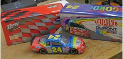 Picture of Action Jeff Gordon #24 Dupont Nascar Racers 1999 Monte Carlo Elite 1:24  1 OF 8,500. NEW . IN BOX.