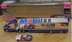 Picture of 1:64 MOBIL ONE RACING TRUCK & SMALL FORD TAURUS CAR COLLECTIBLE NEW. IN BOX.