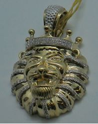 Picture of 10 KT YELLOW GOLD LION HEAD PENDANT 19 GRAM. JOE RODEO NEW YORK WITH  113 (0.50 POINTS) OF  DIAMONDS.  PRE OWNED .VERY GOOD CONDITION. PLEASE LOOK AT ALL THE PICTURES 851019-1