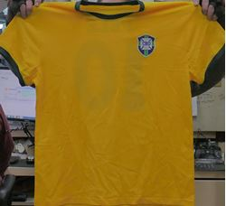 Picture of Brazil Pele Signed Soccer Jersey - Autographed Beckett G93640 COA.  VERY GOOD CONDITION. COLLECTIBLE.
